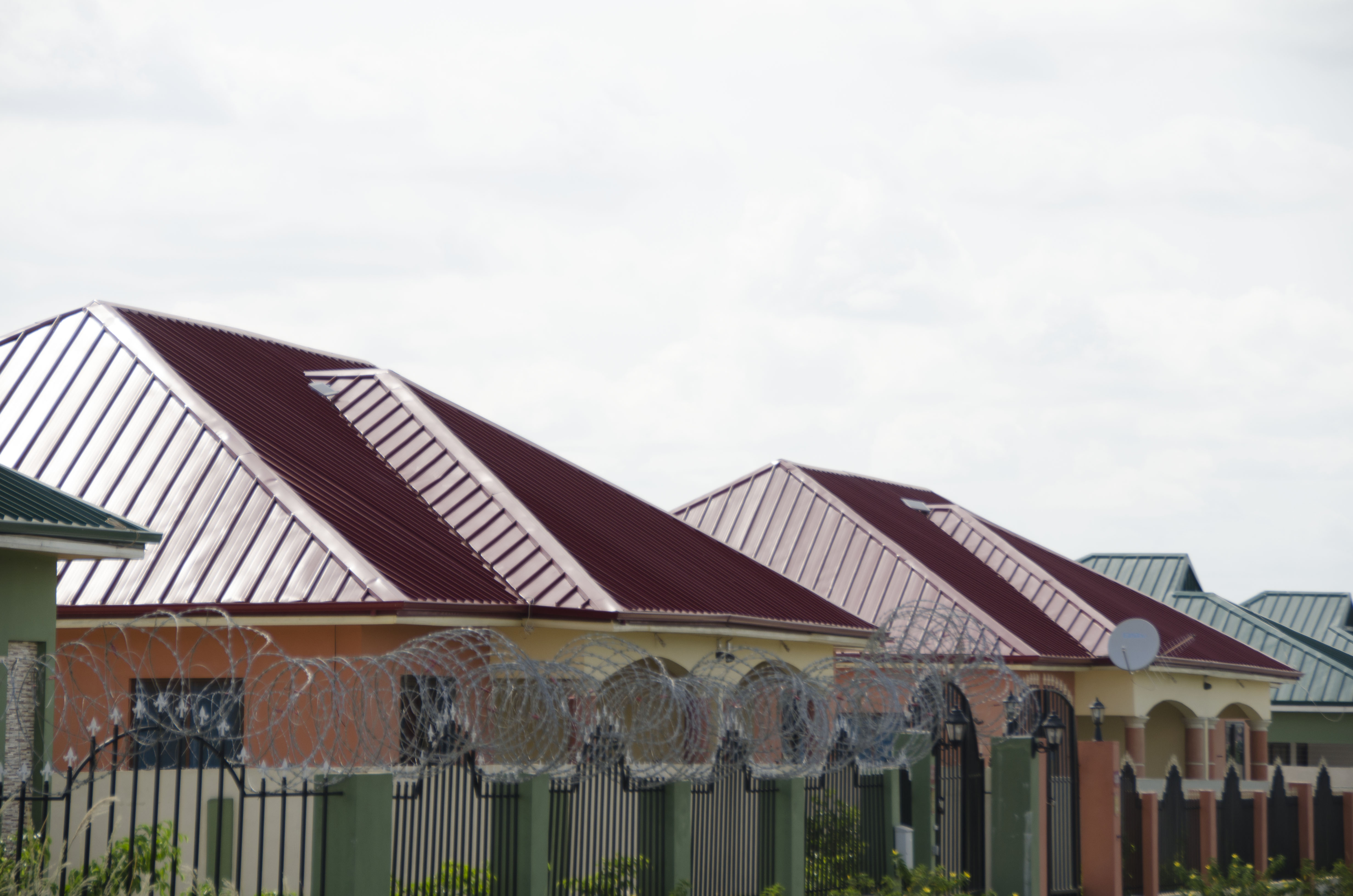 Colour roof sheets - Rocksters Roofing Sheets Comes In A Variety Of Materials Gauge Ranges As Well As Color Options To Choose From The Clean Crisp Appearance Along With The